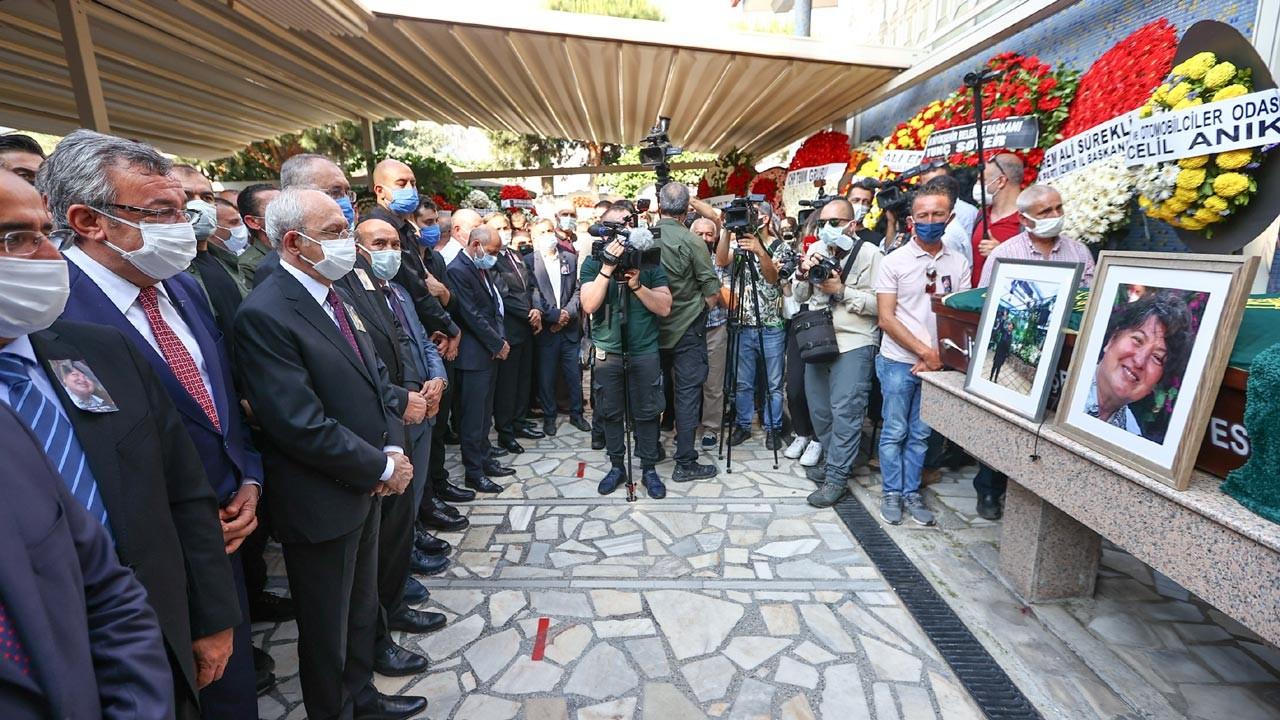 CHP'li Atilla Sertel'in eşi Ziynet Sertel toprağa verildi