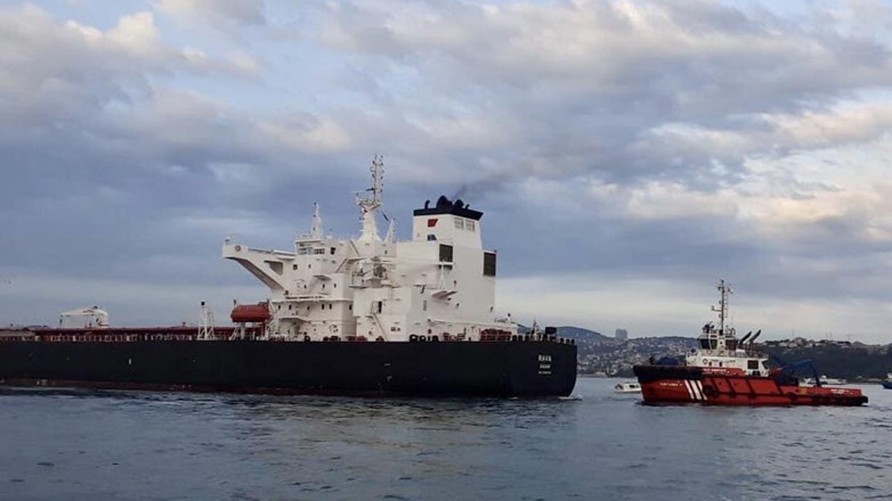 İstanbul Boğazı'nda büyük tehlike atlatıldı