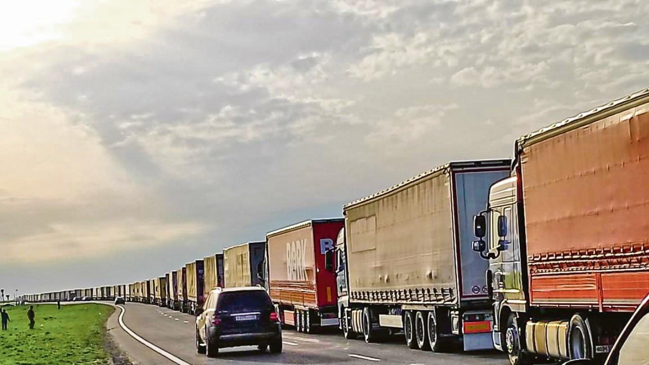 Nakliyeci 4 aydır Orta Asya'ya taşıma yapamıyor