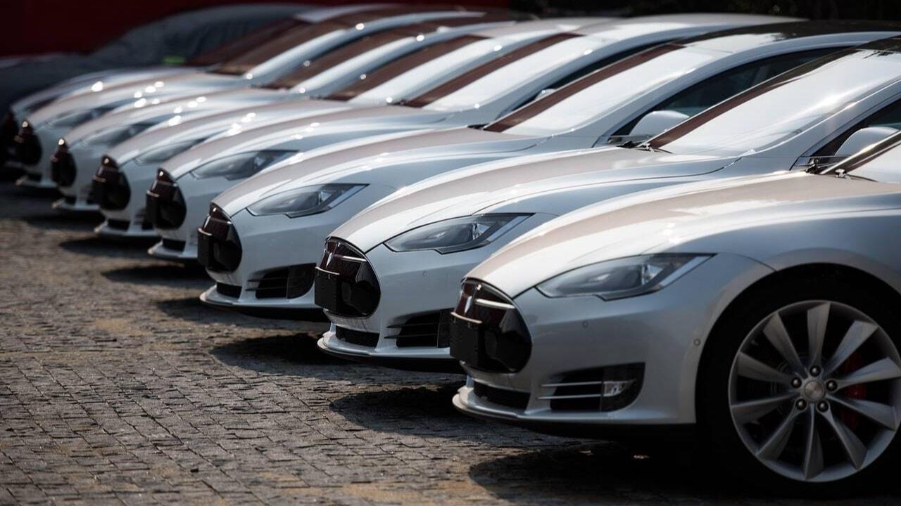 Otomobil fiyatları 4 yılda yüzde 200 arttı, haziranda yüzde 5 zam kapıda