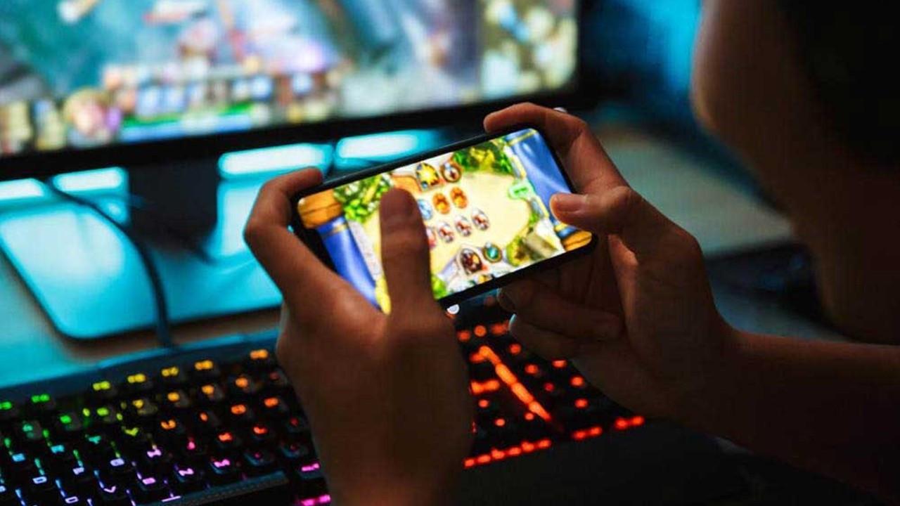 143 milyar doların 100 milyar doları mobil oyunlara