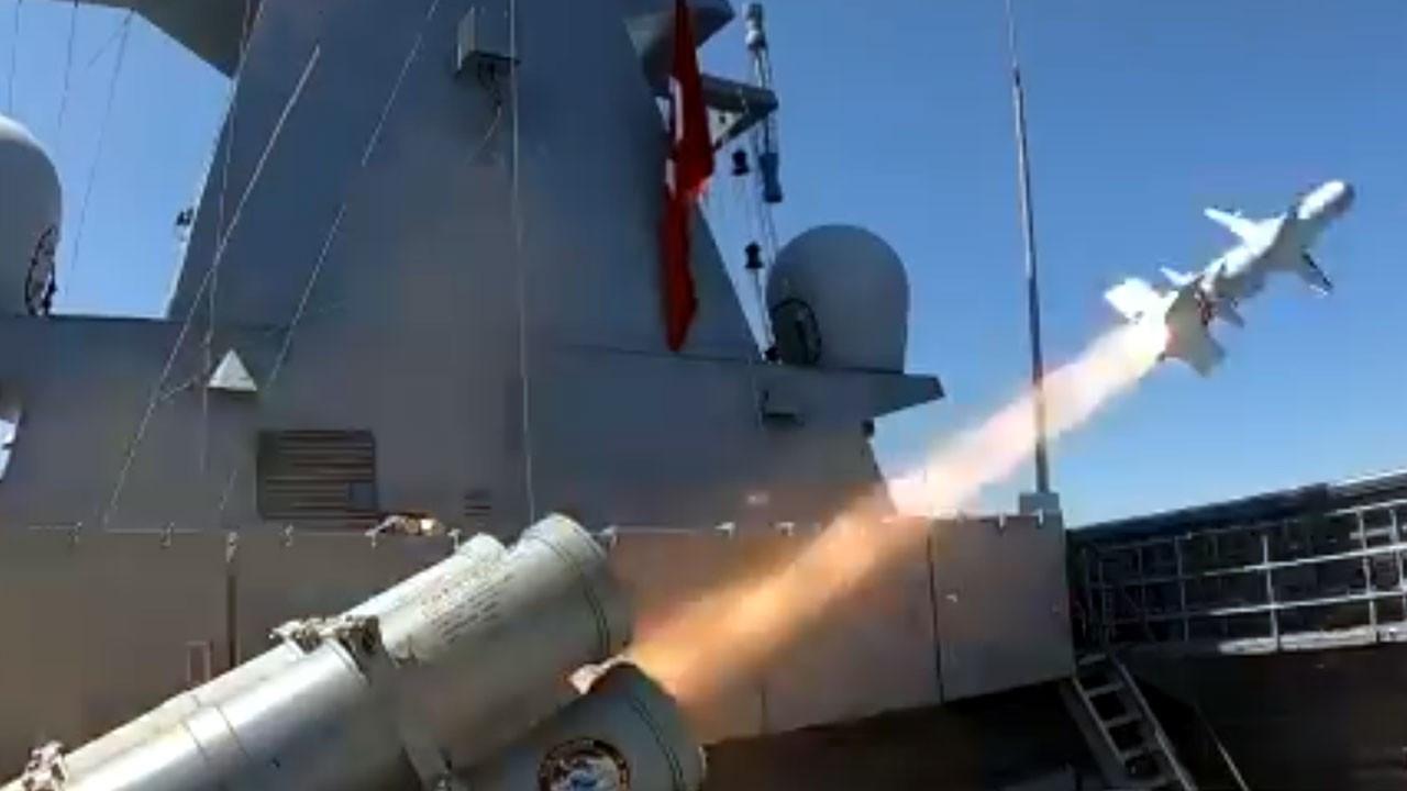 Gemisavar ATMACA ilk kez gerçek gemi hedefine ateşlendi