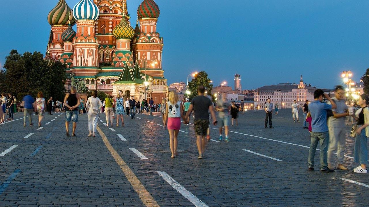 Rus ekonomisi yılın ilk yarısında yüzde 4,6 büyüdü