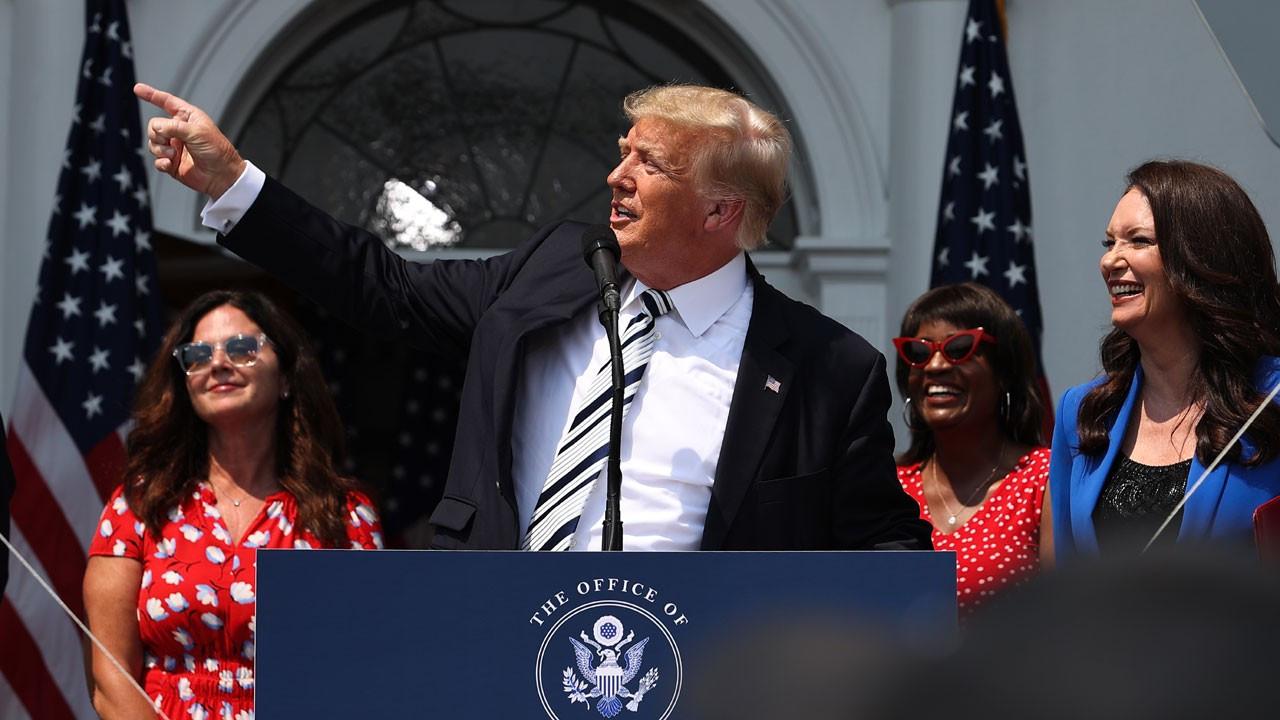 Donald Trump'tan adaylık sinyali