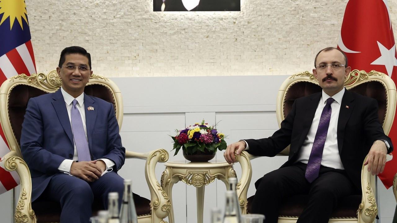 Türkiye ile Malezya, ticaret anlaşması için ortak deklarasyon imzaladı