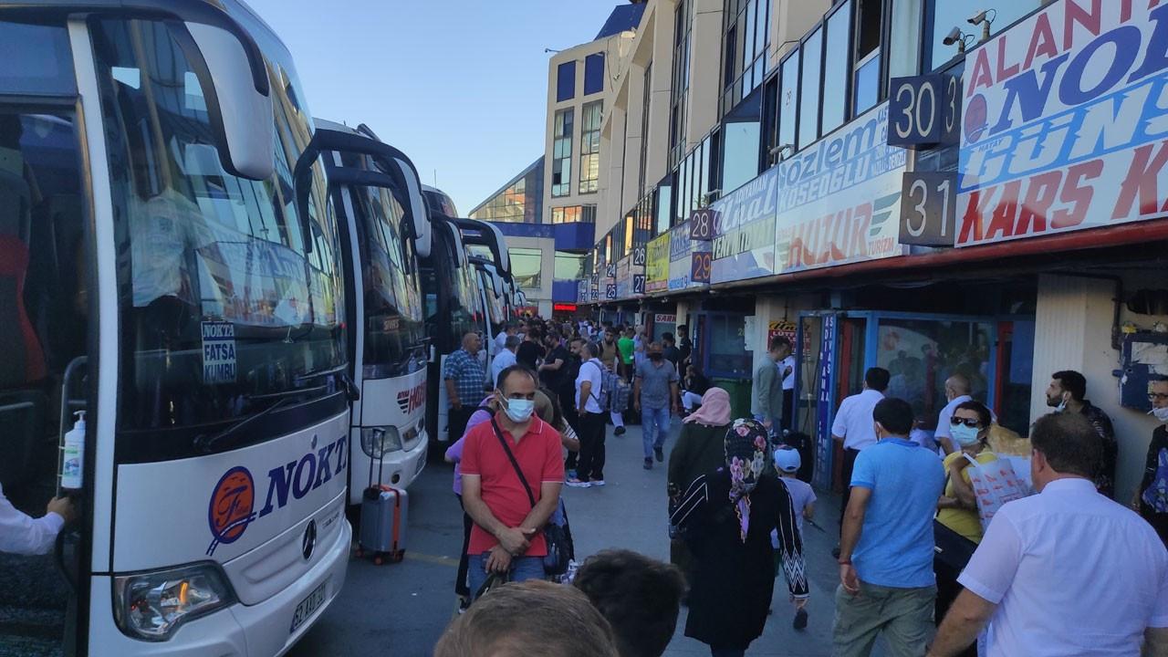 İstanbul'da otogarda bayram yoğunluğu