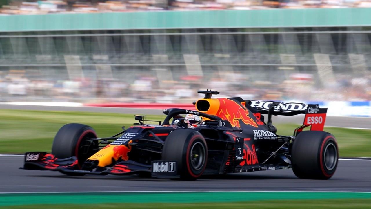 Formula 1'de ilk kez düzenlenen yarışın kazananı belli oldu