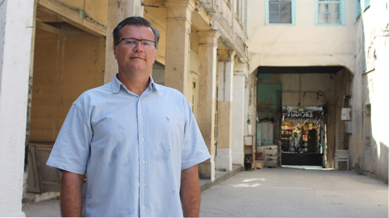İzmirli Filibeli Ailesi, Yeni Şükran Oteli'ni onararak tarihe sahip çıkıyor