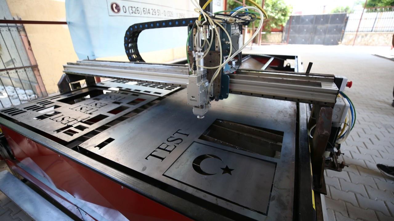 Meslek lisesi öğrencileri CNC fiber lazer kesim makinesi üretti