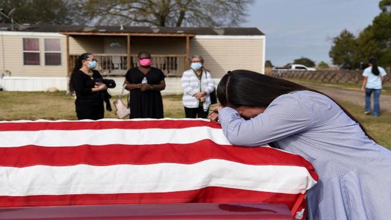 ABD'de COVID-19 nedeniyle 341 kişi öldü