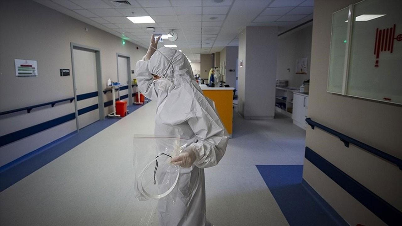 COVID-19'da 16 bin 809 yeni vaka, 63 ölüm
