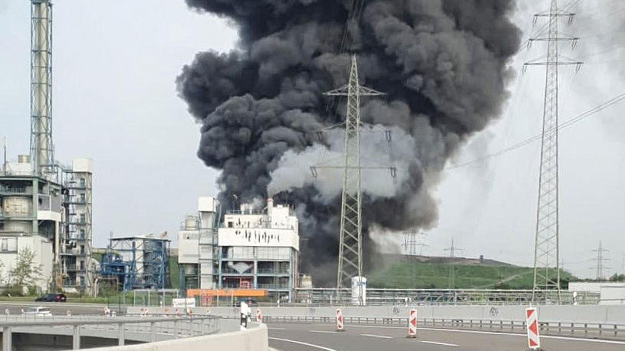 Almanya'da kimya tesisinde patlama: 2 ölü, 31 yaralı