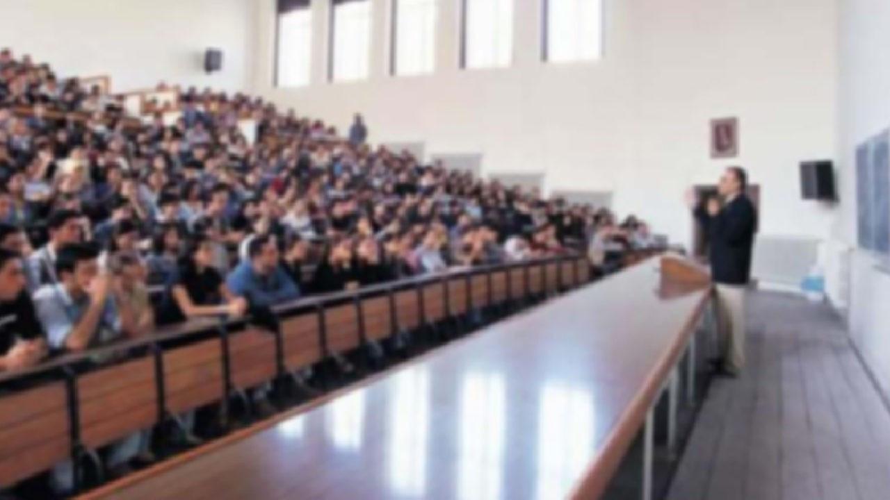 En çok burs imkanı sağlayan devlet ve vakıf üniversiteleri