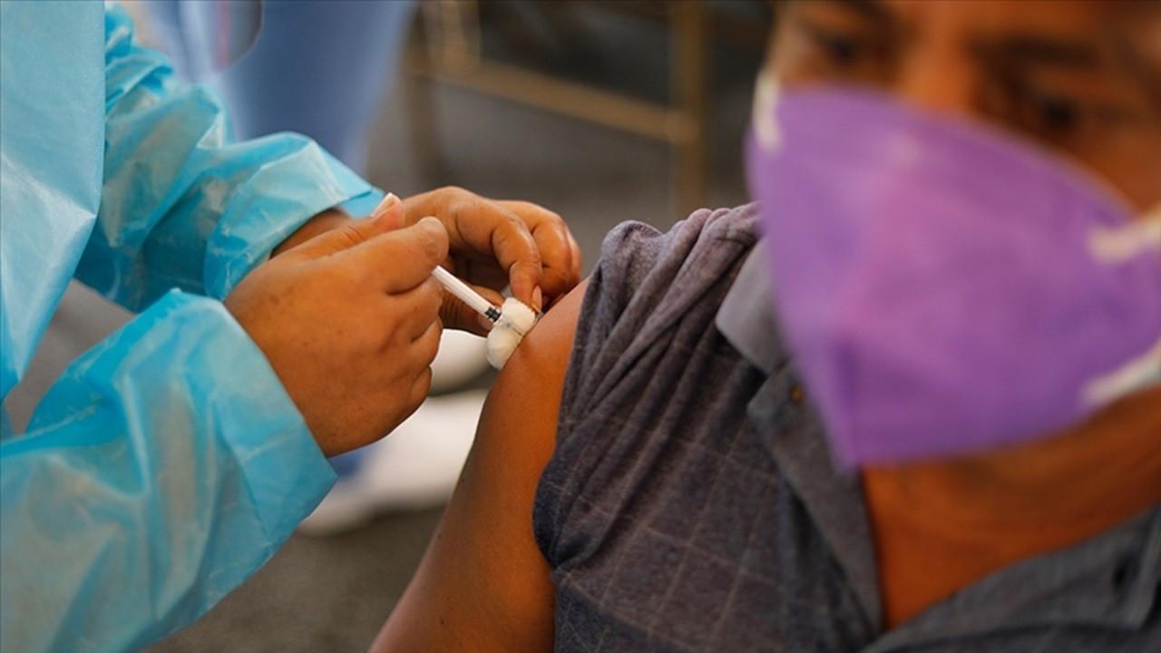 Aşı araştırması: 3. doz ağır hastalık riskini 20 kat düşürüyor