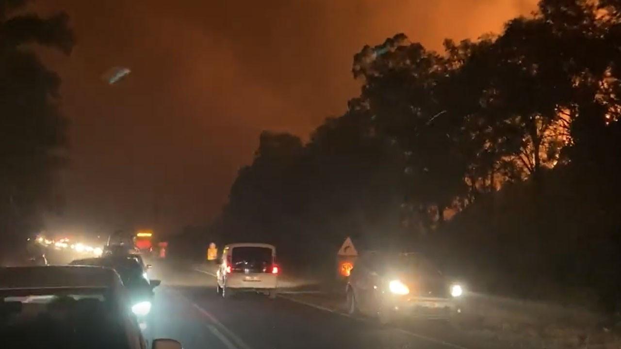 Yangın Kemerköy Termik Santrali'ne sıçradı