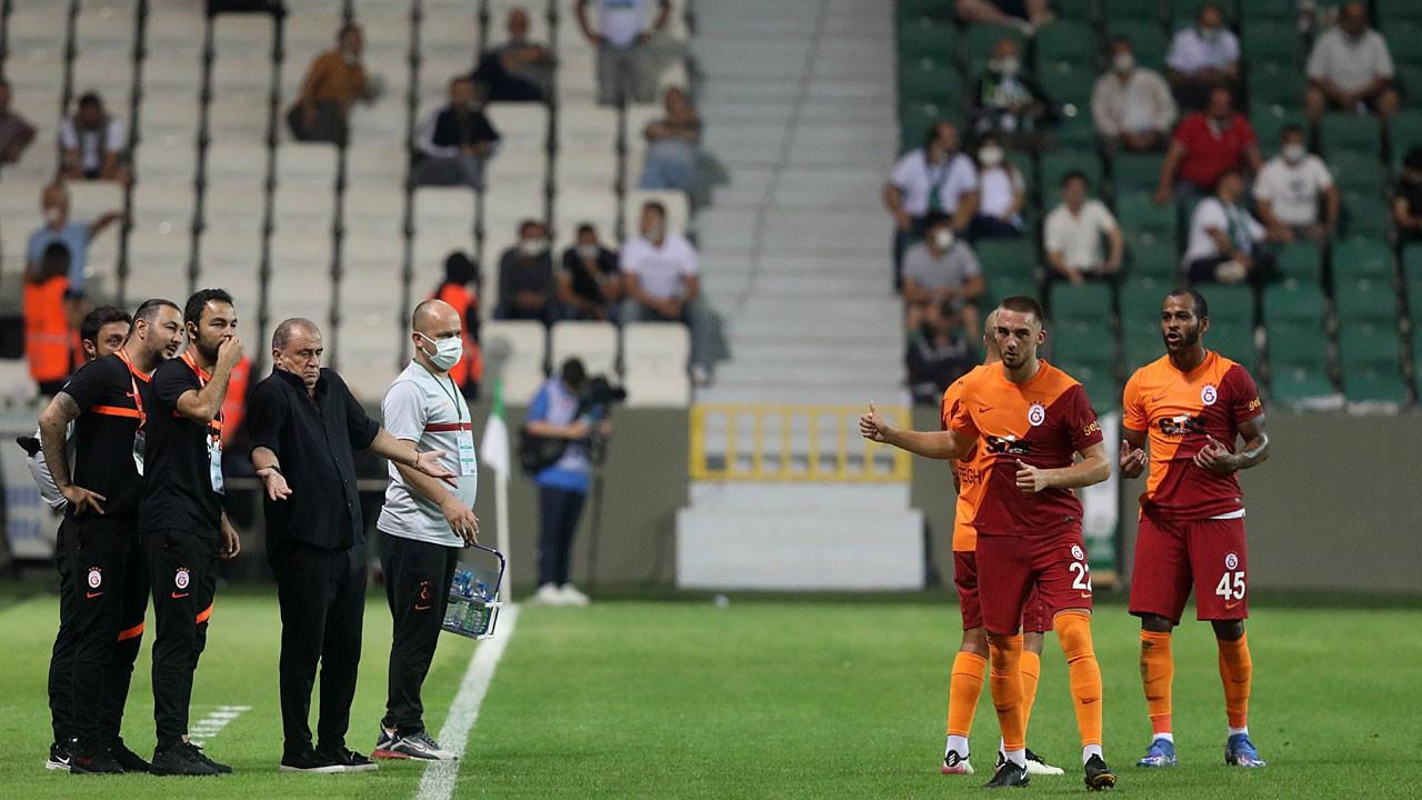 Galatasaray olaylı maçta Giresunspor'u 2-0'la geçti