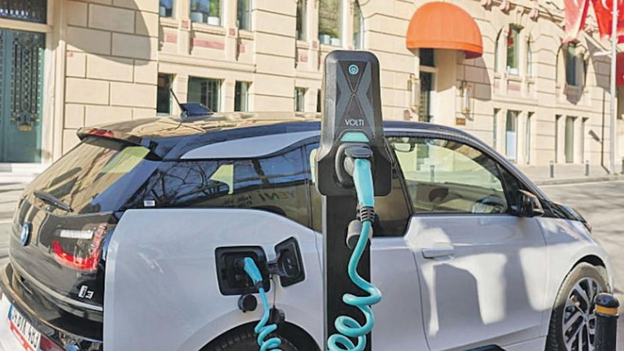 Elektrikli araçlar için taşınabilir şarj, eylülde piyasaya çıkıyor - Dünya  Gazetesi