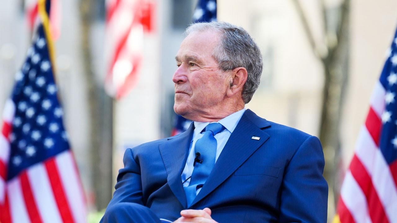 George Bush: Afganistan'da yaşananları derin üzüntüyle izliyoruz