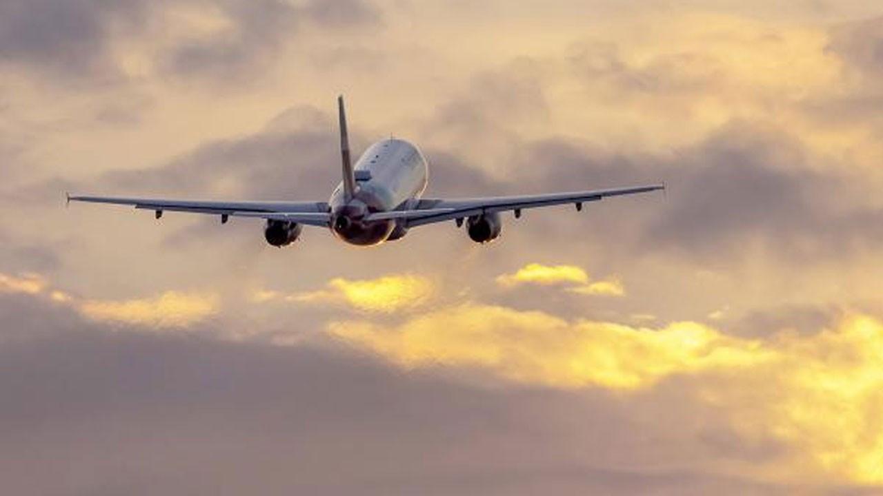 ABD, yabancı yolculara uçuşlarda COVID-19 zorunluluğu getirmeye hazırlanıyor