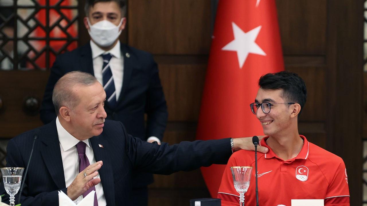 Erdoğan: Mete okçuluğu gelecek nesillere taşıyan idol oldu