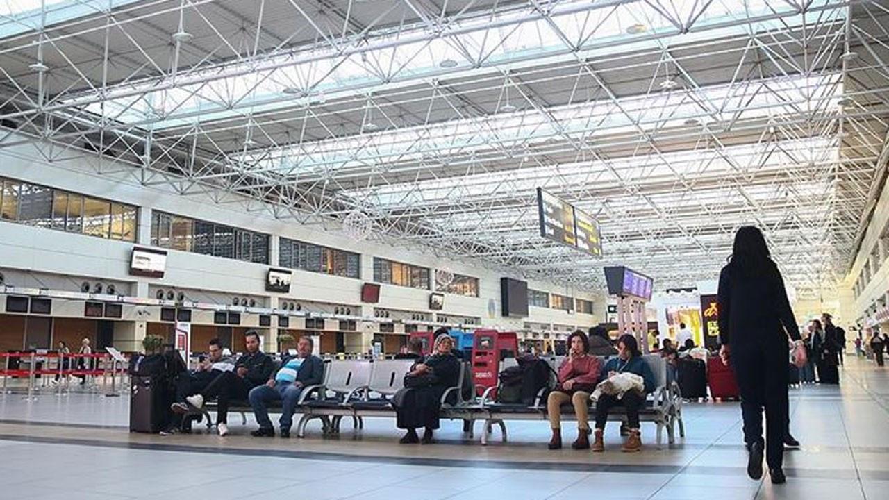 Antalya Havalimanı'na günde ortalama 70 bin turist