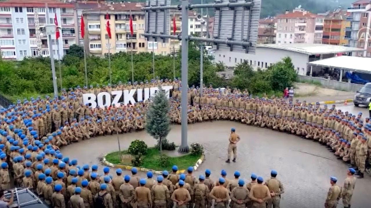 Bozkurt'ta görev yapan komandolar ant içerek ayrıldı