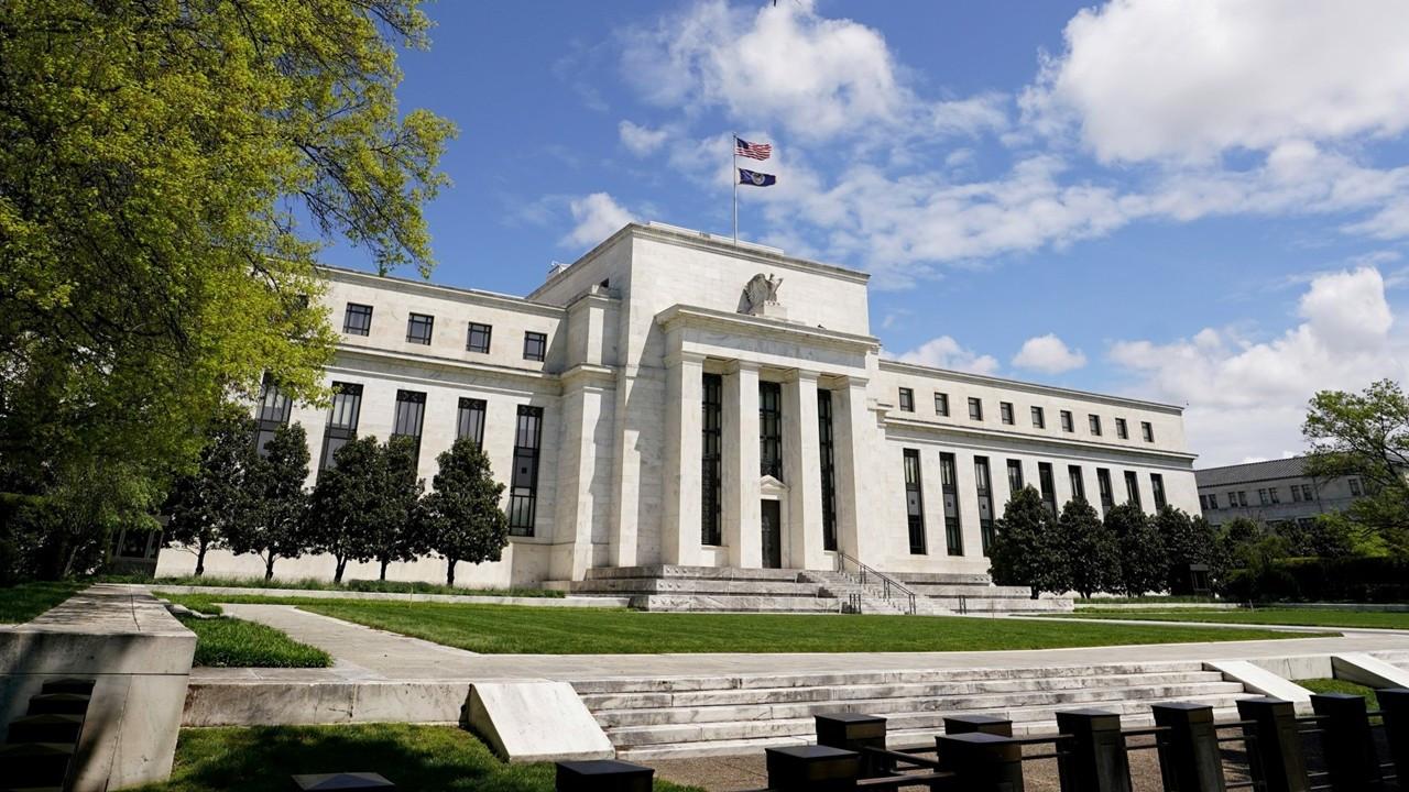 FT-IGM ekonomist anketi: Fed faiz artışı 2022'de başlar