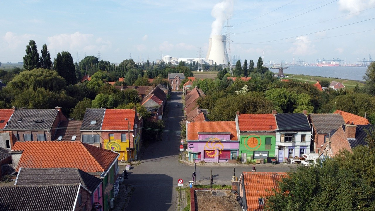 Doel: Belçika'nın 'hayalet' kasabası