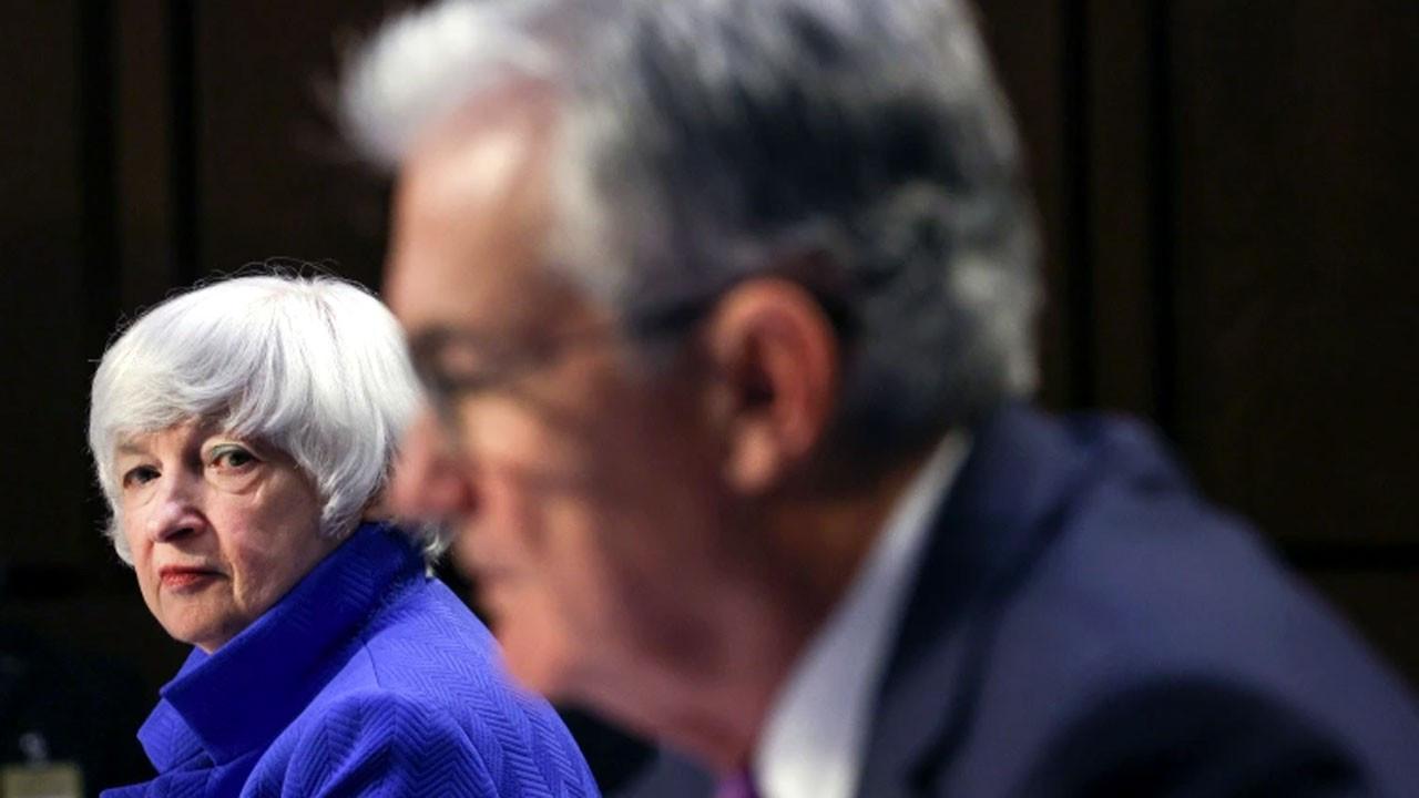 Powell: ABD ekonomisi maksimum istihdam hedefinden çok uzak