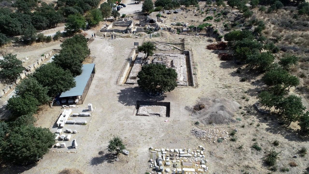 Çanakkale'de 2 bin yıllık altar bulundu