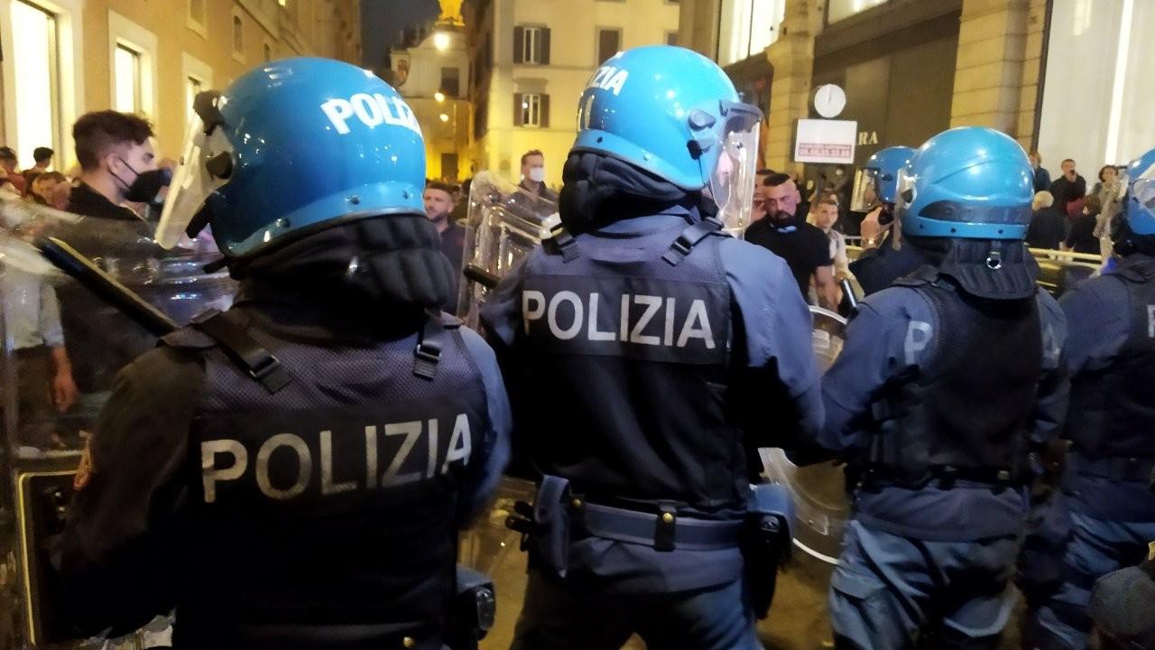 İtalya'da işçi sendikalarından faşizm karşıtı gösteri