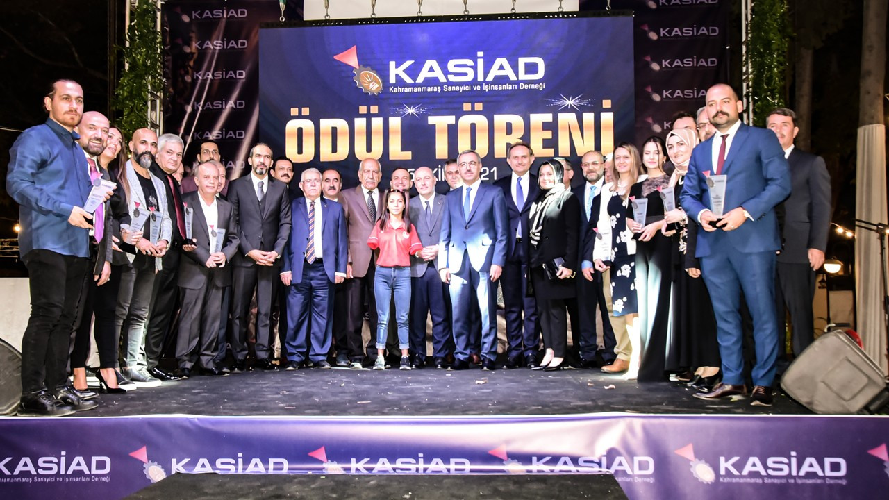 Kahramanmaraş'ta toplum için fark yaratanlar ödüllendirildi