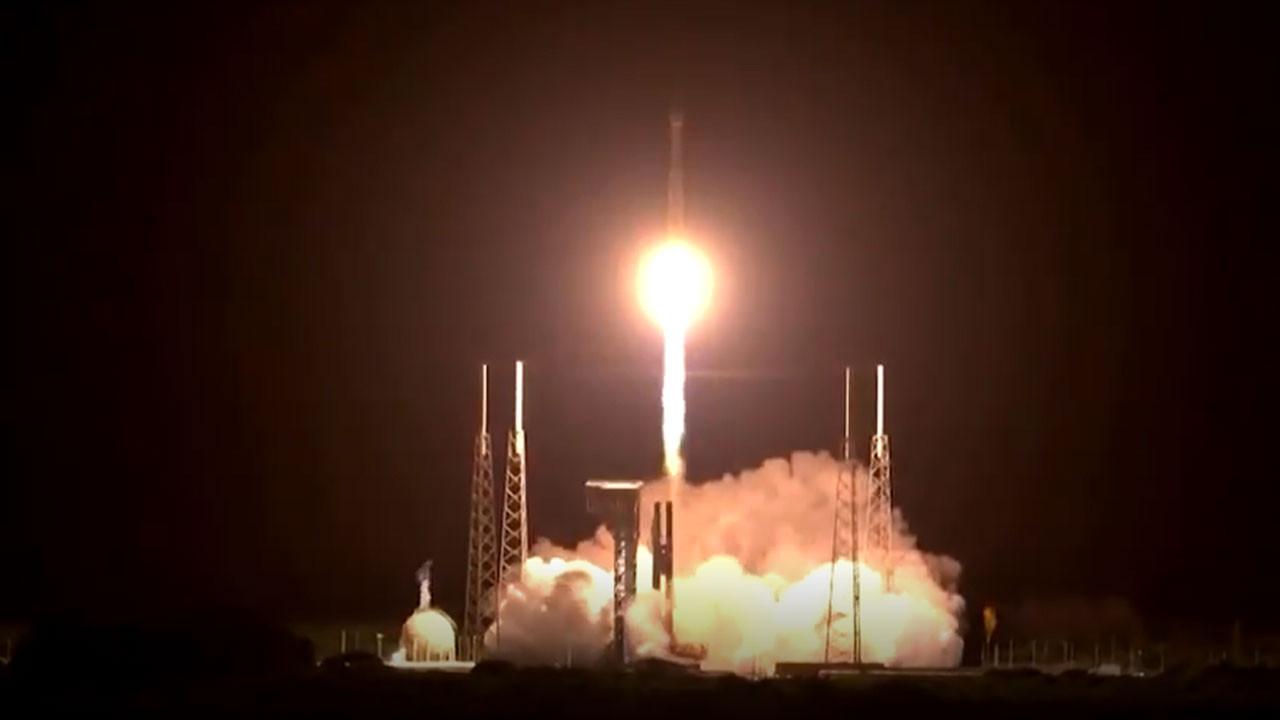 NASA, ilk uzay sondasını başlattı