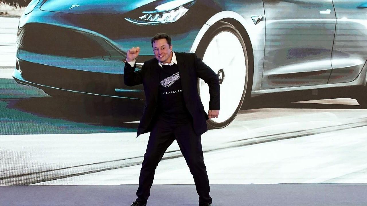 Elon Musk, rakipleriyle farkı açıyor