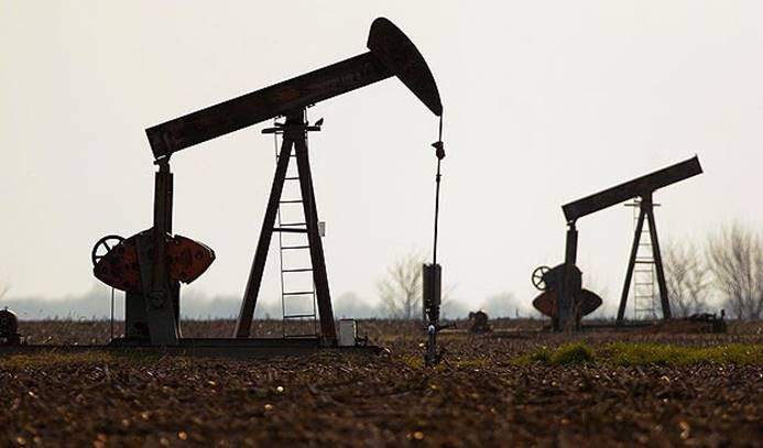 Enerji bakanları petrolde 'üretim kısıtlaması' için toplanacak