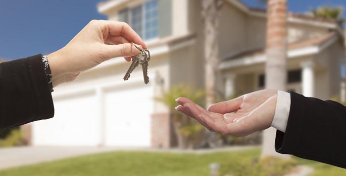 En çok ev sahipleri harç ödeyecek