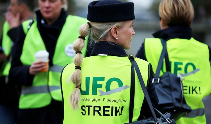 Lufthansa'ya grev şoku