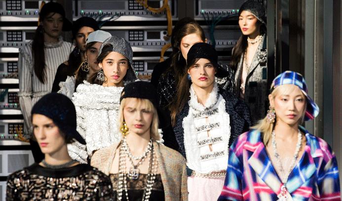 Paris Moda Haftası Video Defile
