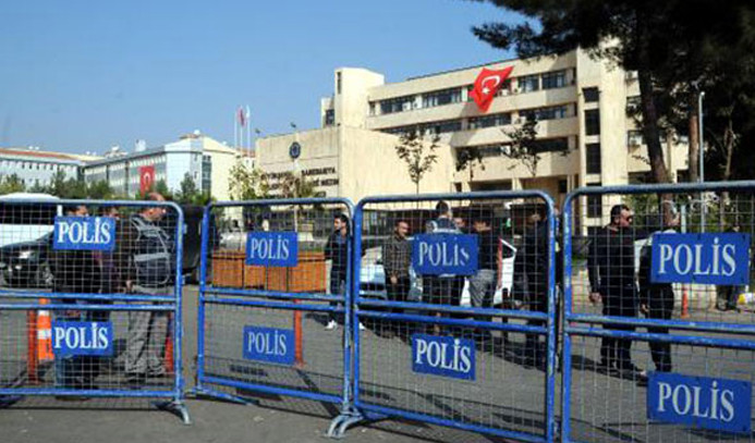 Diyarbakır Büyükşehir'e kayyum atanacak