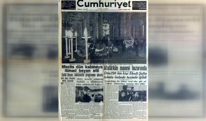 11 Kasım 1938'de gazete manşetleri
