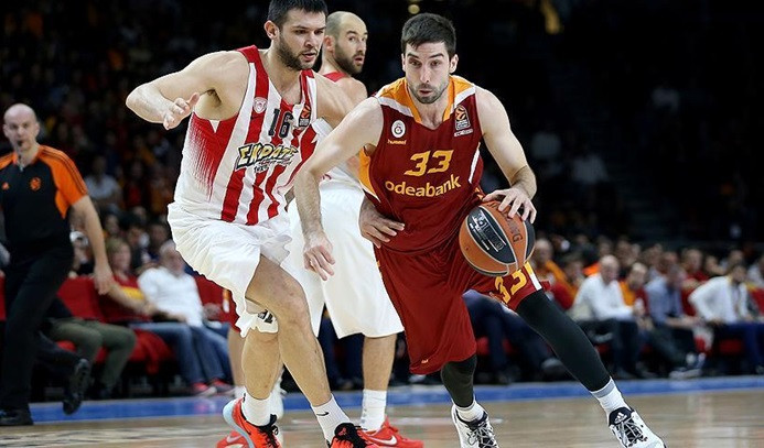 Galatasaray Odeabank'tan  ligde ilk galibiyet