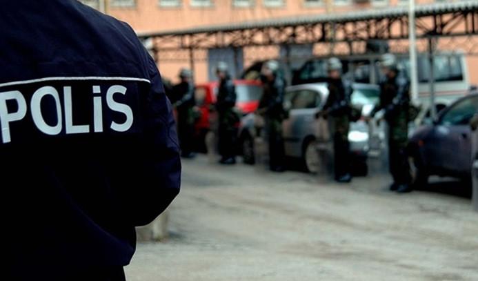 Siirt'te iki belediyeye operasyon