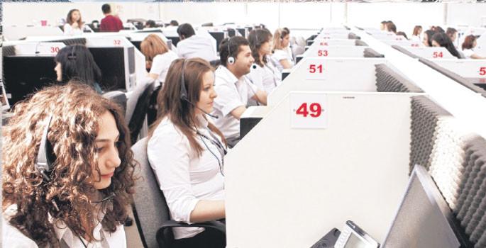 Denizli'ye 400 kişilik çağrı merkezi