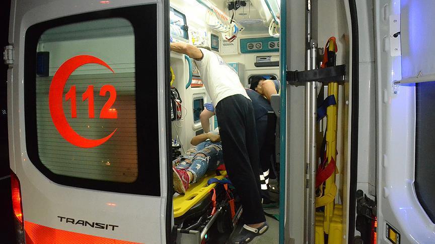 Tekirdağ'da tur otobüsü tıra çarptı: 1 ölü, 38 yaralı