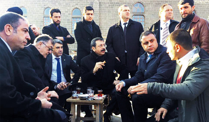 Diyarbakır'a 'moral çıkarması'