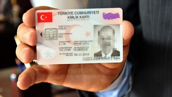 AYM'den kimlik kartı kararı