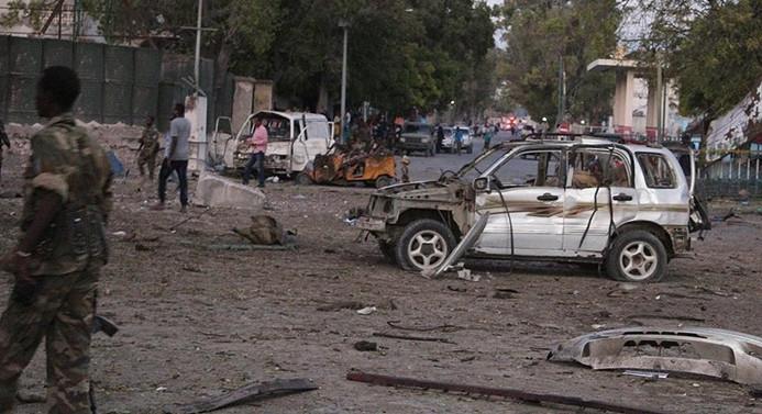 Somali'de bomba yüklü araçla saldırı: 8 ölü