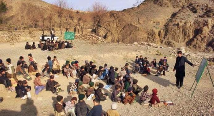 Türkiye'den Pakistan'a 10 milyon dolar yardım
