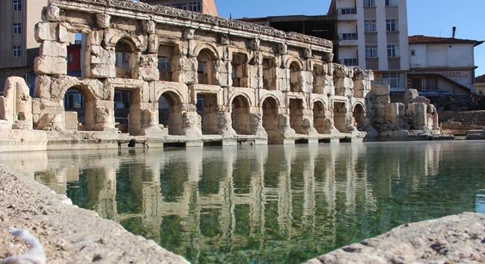 Tarihi Roma hamamı turizme kazandırılacak