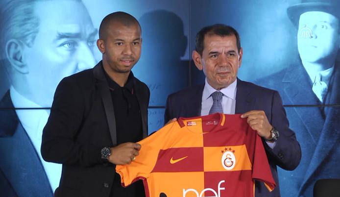 Galatasaray, Mariano'yu renklerine bağladı